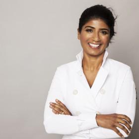 Anjula Devi photo