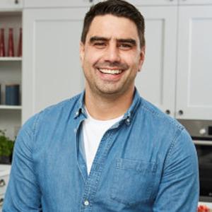 A photo of Chris Bavin