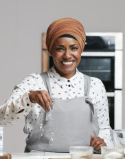 Nadiya Hussain photo
